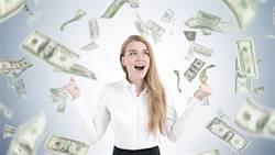 艾蜜莉傳授3理財觀念 40歲前達到「財富自由」