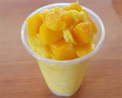 東東水果行冰沙  讓消費者滿足視覺享受更吃得到新鮮水果