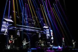 《五月天人生無限公司》推螢光棒互動體驗場 銀幕裡外同樂