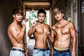 台北國際龍舟錦標賽 天菜型男隊「秀肌肌」