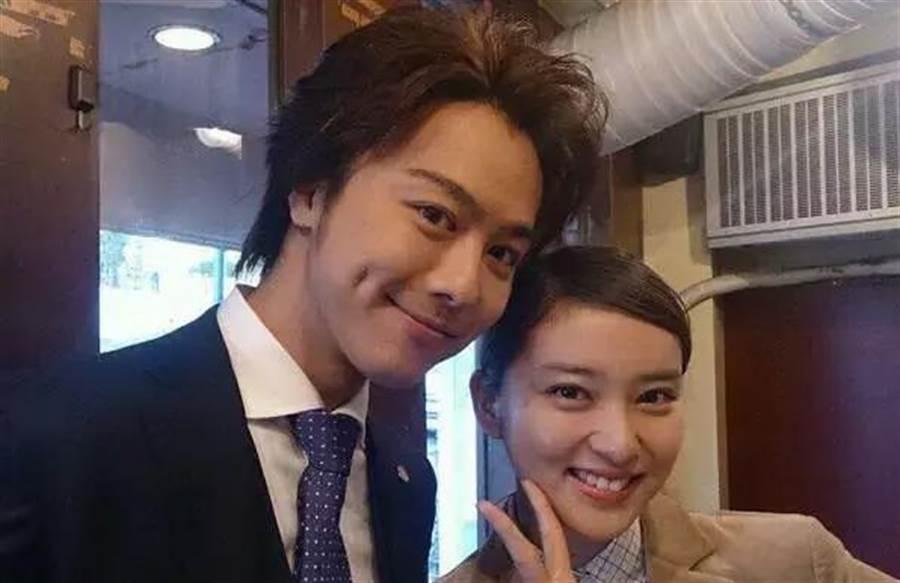 Takahiro2017年娶了美女演員武井咲。(取自日網)