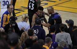 NBA》推擠暴龍球員 勇士股東挨重罰