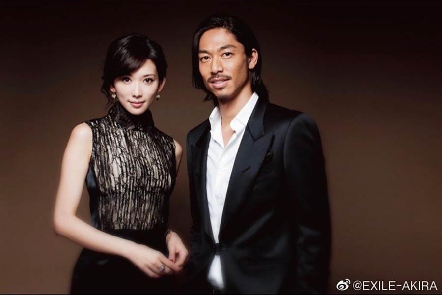 林志玲、Akira昨天宣布登記結婚。(圖/翻攝自EXILE-AKIRA微博)