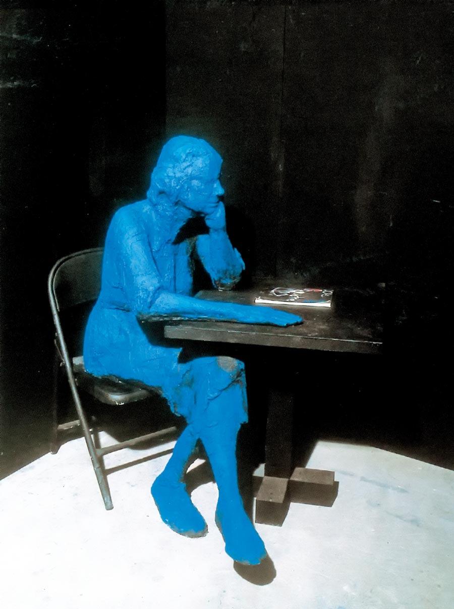喬治‧席格作品《坐著閱讀的女人》。圖片提供/時藝多媒體
