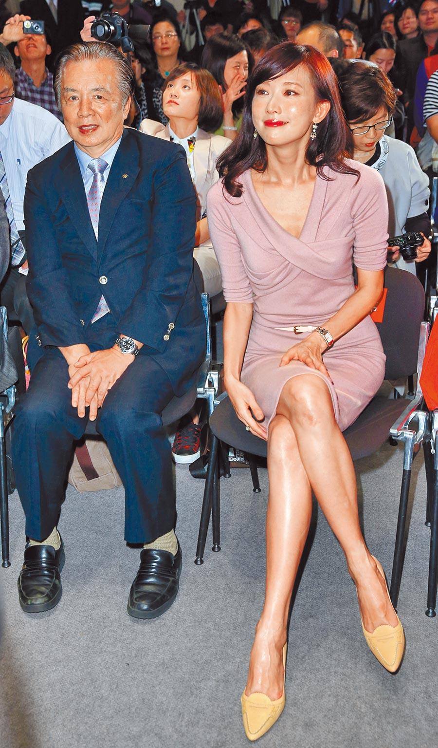 林繁男(左)過去不太催婚,如今女兒林志玲找到歸宿,他十分開心。(資料照片)