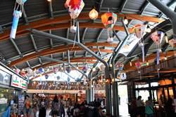 慶祝鐵路節  台東火車站彩繪熱氣球燈籠張燈結綵