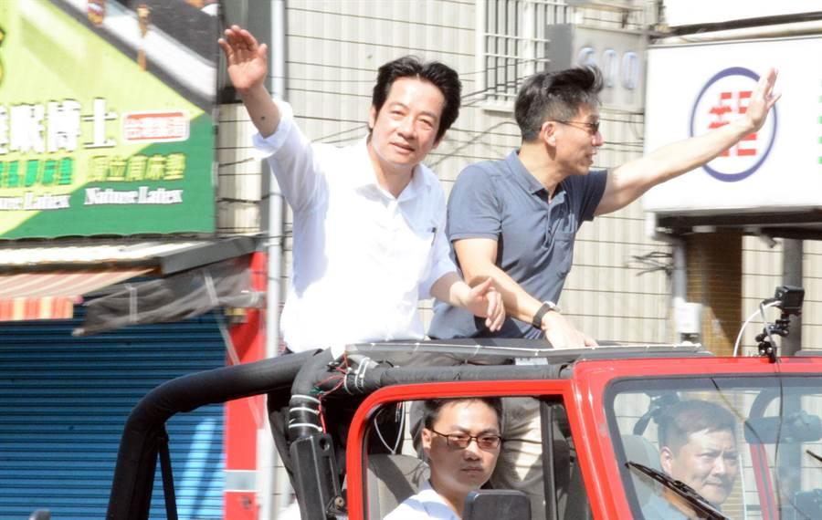 前行政院長賴清德(左)壯大台灣車隊遊行,首站從屏東出發,將一直前進凱道。(資料照,林和生攝)