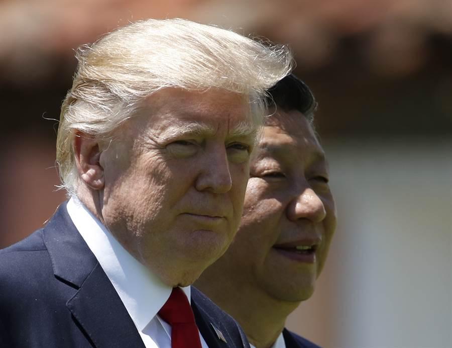 中共國家主席習近平與美國總統川普預可能在6月底的日本G20集團峰會上會面,為兩國貿易談判的停滯解套,不過目前中共尚未確定習川會的行程。圖為習川會晤的檔案照。(圖/美聯社)