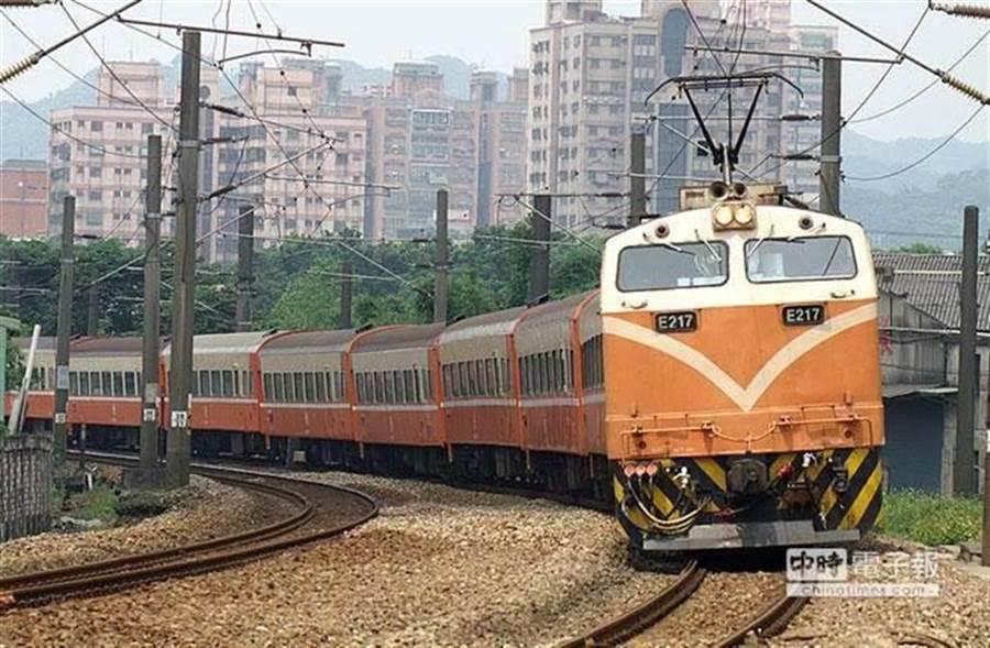 台鐵列車。(示意圖/本報系資料照)