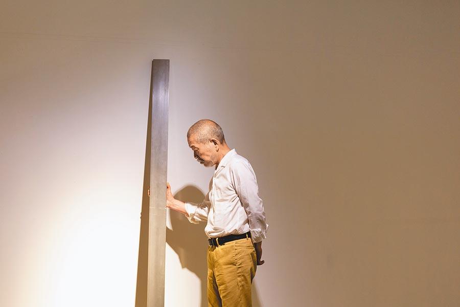 原口典之首次在台個展,圖為作品《鐵。L》。(亞洲藝術中心提供)