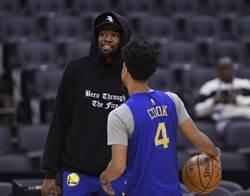 NBA》為何KD比賽期間不坐板凳席?