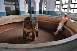 台北機廠修復開工 員工澡堂說故事