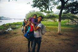 上萬移民被迫返國...墨西哥頭痛