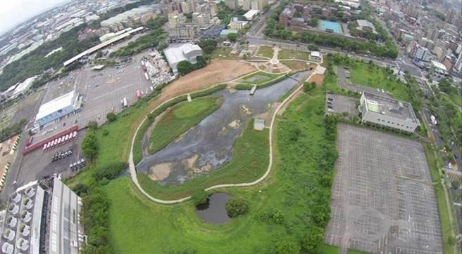 (圖每日截取1,500公噸山尾排水污染用礫間曝氣氧化處理改善水質。圖:環保署提供)