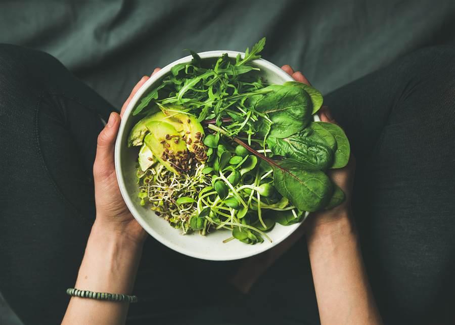 深綠色蔬菜可以保護肺部對抗霾害。(圖/達志影像)