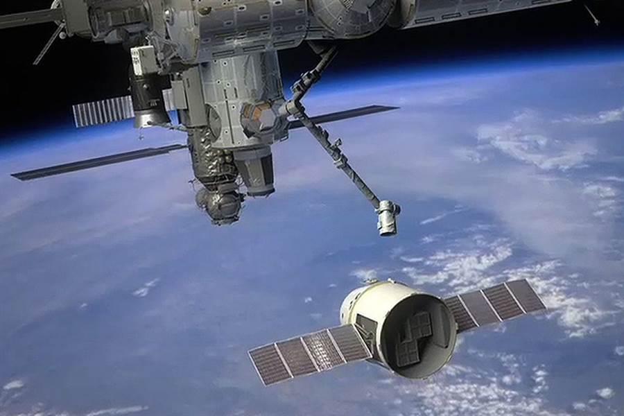 NASA開始積極招攬遊客,前往國際太空站旅行。(圖/NASA)