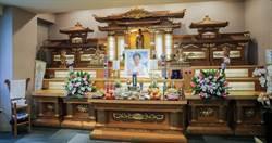 馬如龍628告別式 靈堂葷素食物豐富