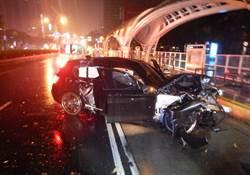天雨路滑自小客車打滑 4人受傷