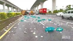 清理國道散落物 7月起半小時收3千