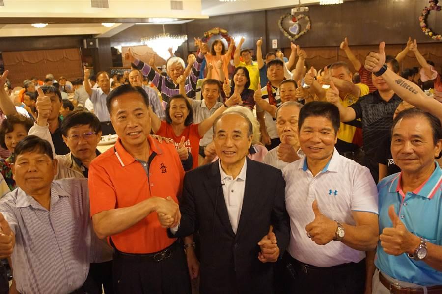 王金平北桃園之友會成立,上百支持者到場參與。(甘嘉雯攝)