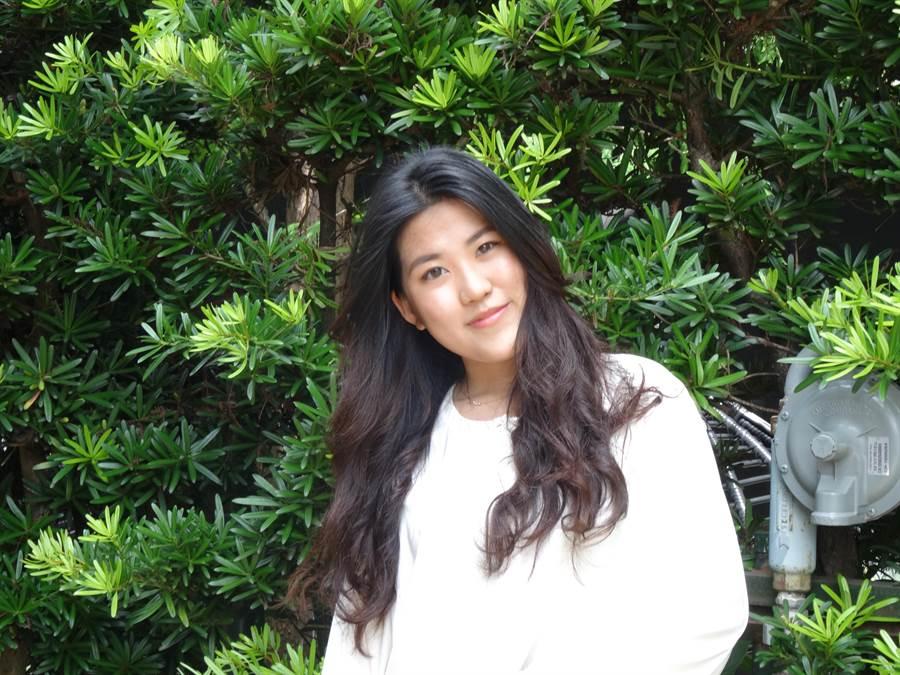 台中華盛頓中學國際部高二學生潘妍希,外表酷似YouTuber「這群人」中的木星,多次參與社團公益活動,是愛心滿溢的美少女。(馮惠宜攝)