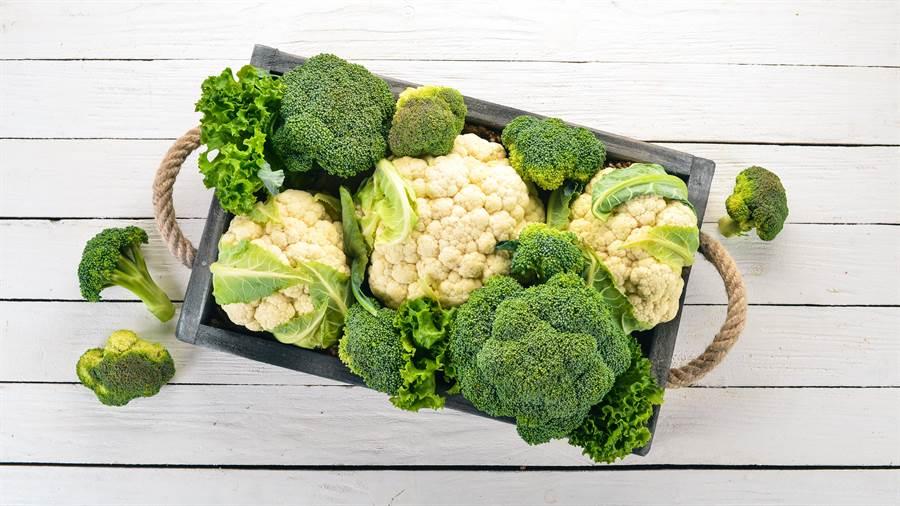 秋行軍蟲專吃的蔬果中包含十字花科類的蔬菜。(圖/pixabay)