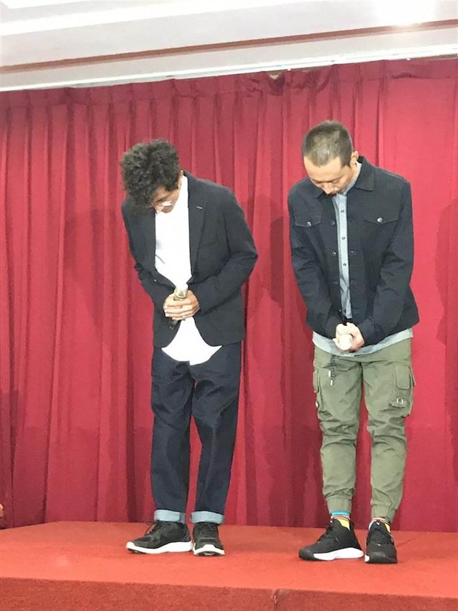 浩子(右)剛剛陪阿翔道歉。洪秀瑛攝