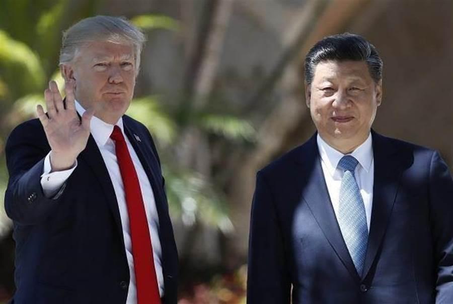 G20峰會即將到來,大陸國家主席習近平(右)將與美國總統川普(左)舉行場邊峰會,商討中美貿易議題。(圖/中時資料照)