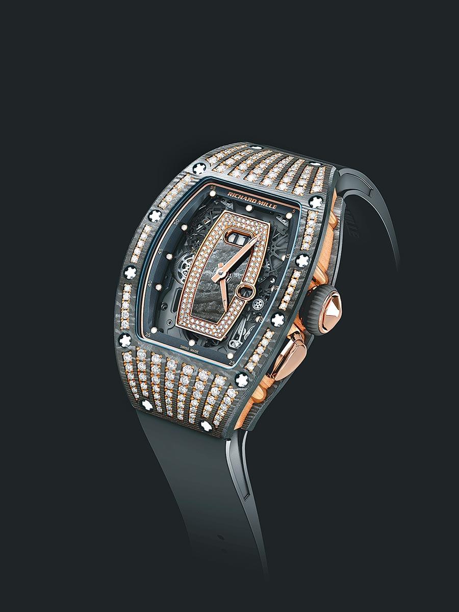 Richard Mille RM 037碳纖維表殼鑲鑽腕表,可搭配碳纖維表帶,約550萬元。(Richard Mille提供)