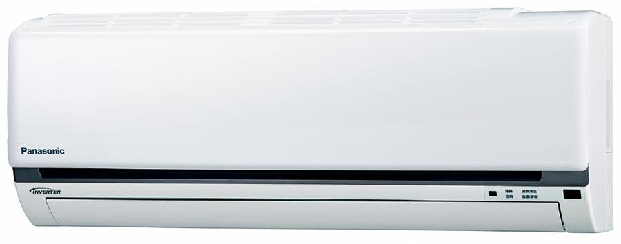 燦坤的Panasonic 1對1變頻單冷空調,原價2萬2700元,燦坤加碼優惠價1萬9490元,現折3210元。(燦坤提供)