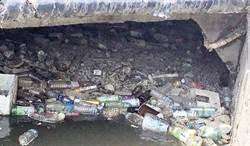 花壇、鹿港排水被垃圾堵塞 揪出垃圾源頭成了治水課題