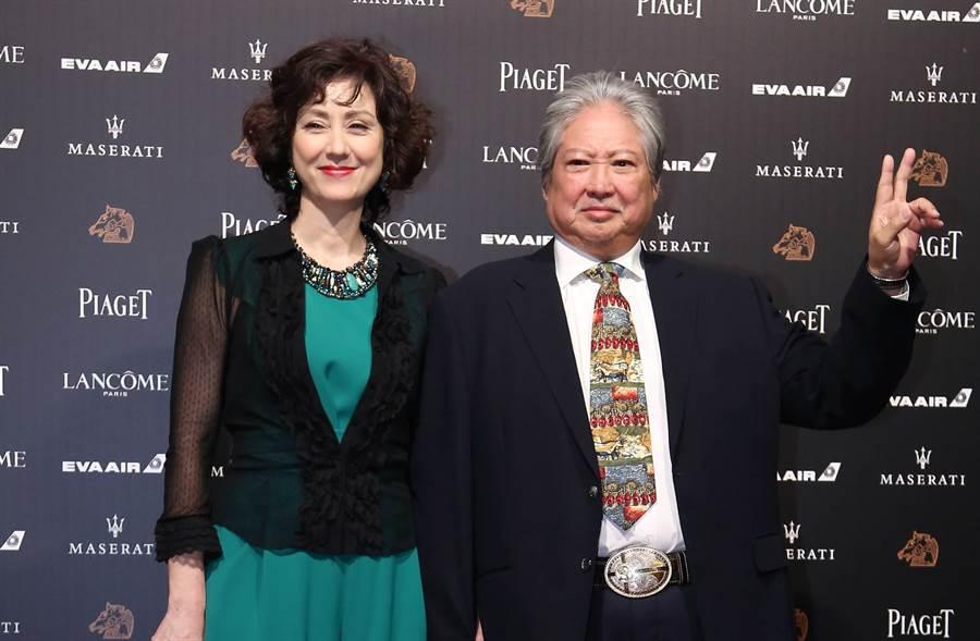 洪金寶去年11月和妻子高麗虹來台參加金馬獎。(圖/中時資料照)