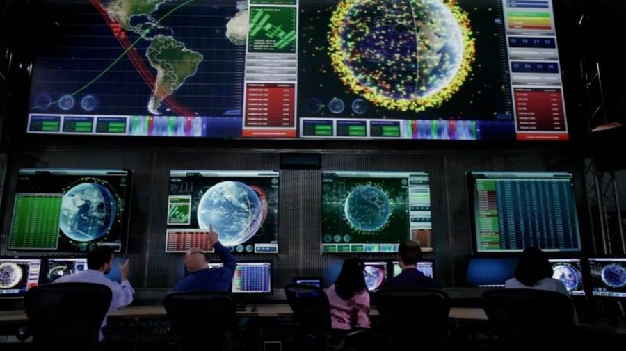 圖為洛馬公司開發的太空防護系統,目的在防止地球軌道上的太空碎片威脅GPS系統的定位衛星。(圖/洛馬公司)