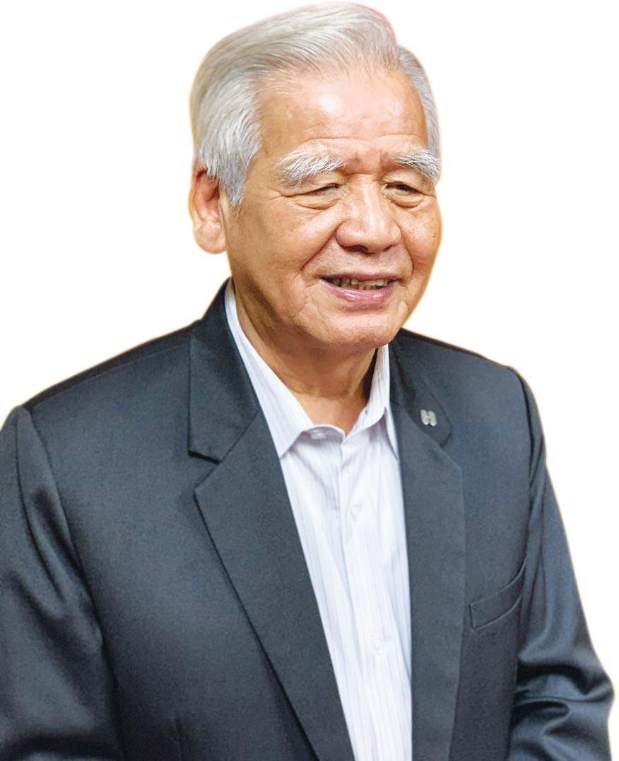 長虹建設董事長李文造18日表示:「長虹策略會改變,把營業額作大、走到中南部,拉高廠辦營收到五成。」圖/蔡惠芳