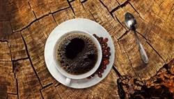 黑咖啡傷胃加牛奶能改善?醫師給答案