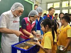 新北國中小94校廣設自立廚房 預計3年內新增11校