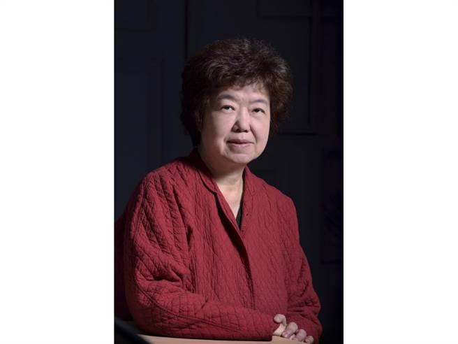 國家文藝獎得主王安祈,獲得本屆傳藝金曲特別獎。(傳藝金曲獎提供)