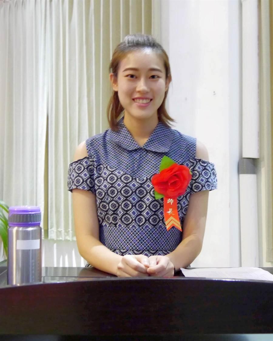 擔任「小老師」的賴妍憓,難忘海外教學生活點滴。(賴妍憓提供)