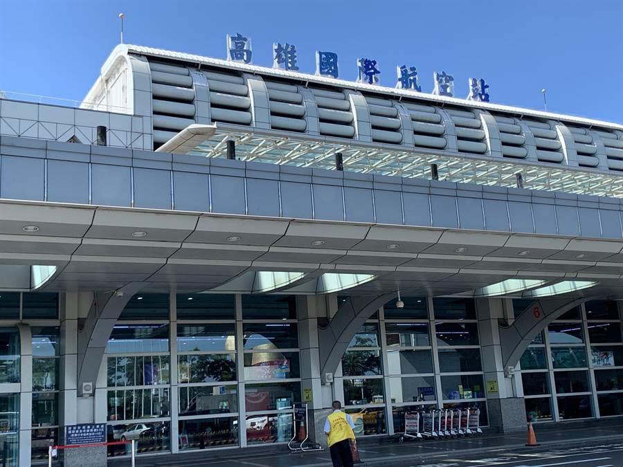 高雄機場目前長榮航班取消1班飛廣州。(柯宗緯攝)