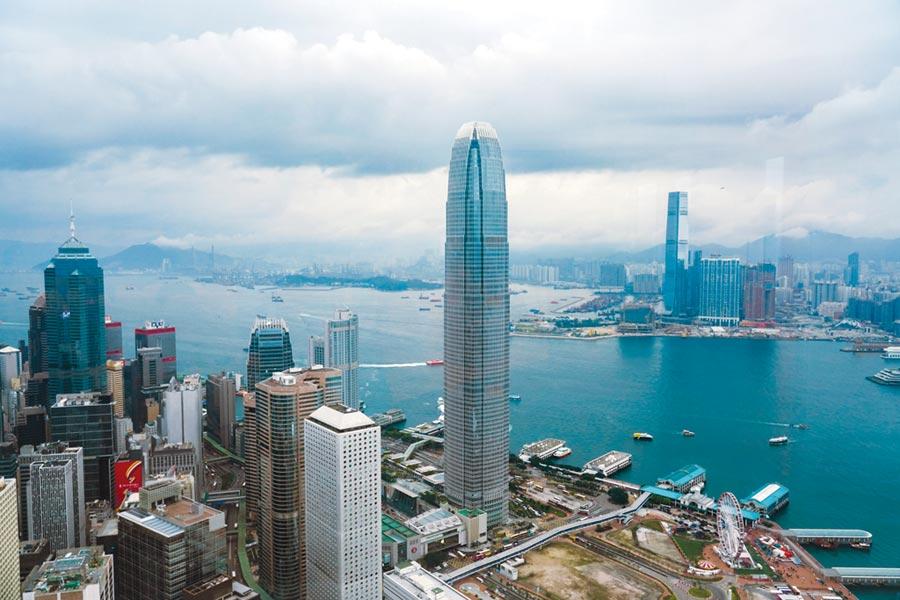 香港素有「東方之珠」美稱,一直是亞洲及全球金融重鎮。圖/中新社