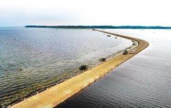 最美水上公路 驚豔江西鄱陽湖