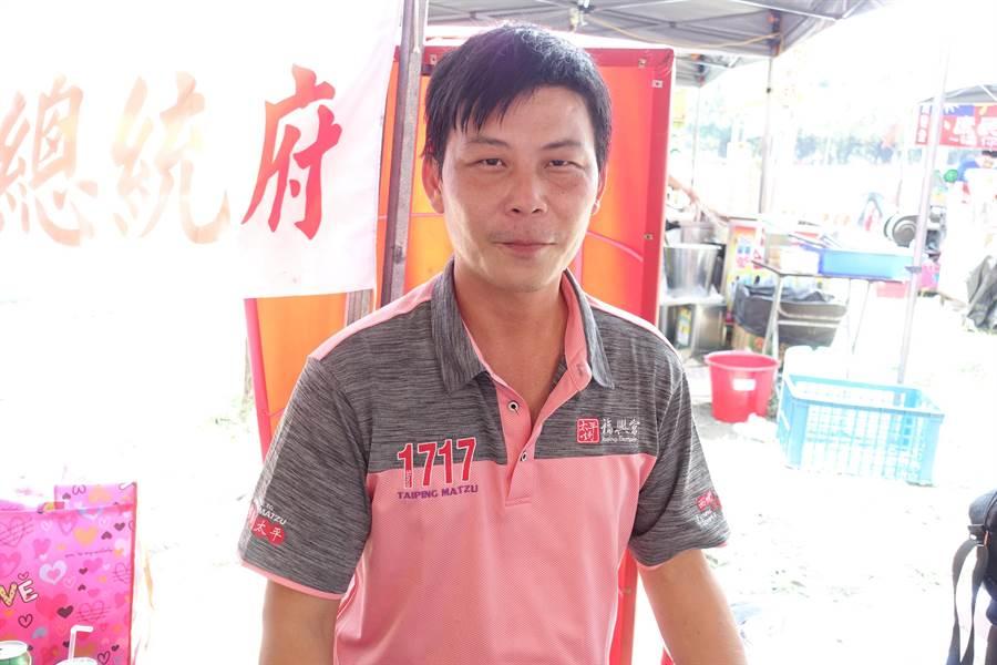 雲林菜農林佳新認為,台灣人民渴望改變的力量多大,韓國瑜就有多大機會。(周麗蘭攝)