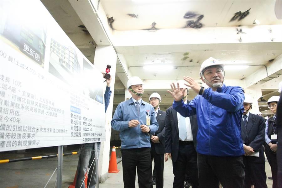 新北市長侯友宜3月27日走訪土城工業區了解產業發展困境,與在地廠商交流。(葉德正翻攝)