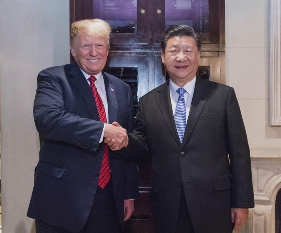上次川普與習近平會見是在2018年12月阿根廷布宜諾斯艾利斯的G20集團峰會上。(圖/新華社)