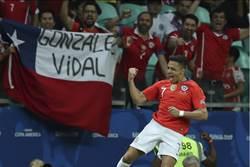 美洲盃》桑契斯強忍踝傷 神射助智利晉8