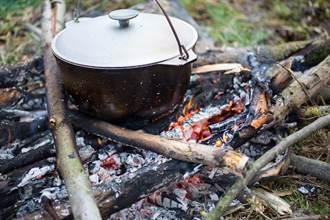 女遭分屍煮成「人肉湯」販售喝光