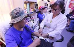 韓國瑜台中大造勢激出韓粉 捐血車「滿載而歸」
