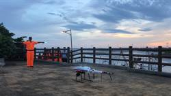 海巡第三岸巡隊岸際執檢 無人機成夜間偵蒐利器