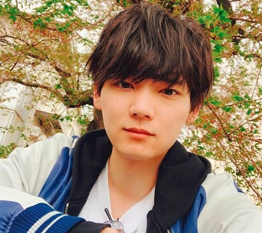 日本新版《惡作劇之吻》男主角古川雄輝爆出閃婚消息,交往8年的圈外女友已懷孕。(圖/翻攝自古川雄輝推特)