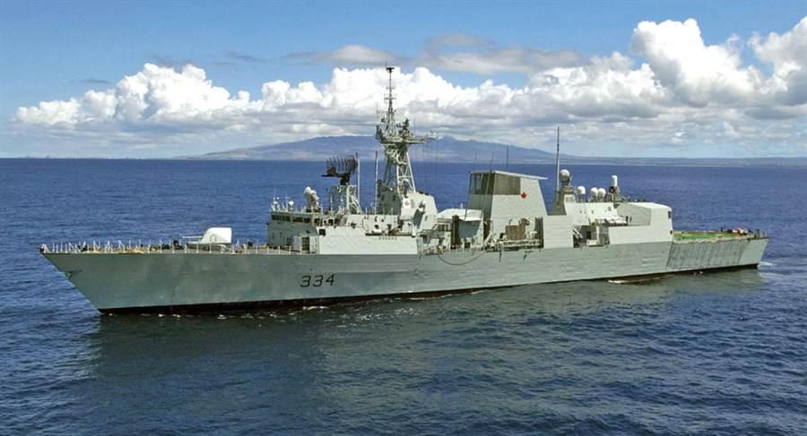 加拿大皇家海軍哈利法克斯級巡防艦理賈納號(HMCS Regina FFH-334)。(摘自美國海軍官網)